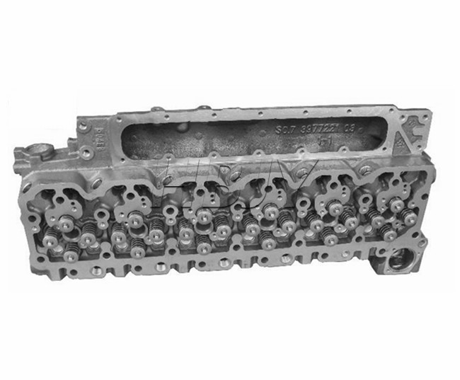 cummins isbe 6.7l  QSB6.7 ISDE6.7 cylinder head  complete 3977221