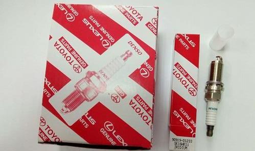 90919-01233 Spark Plug Fit TOYOTA